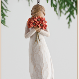 WillowTree-SurroundedByLove-Ornament-27274.png